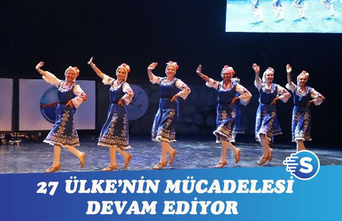 Altınköprü Halk Dansları'nda kıyasıya rekabet