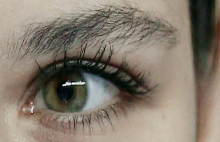 beren saat yosun gözleri