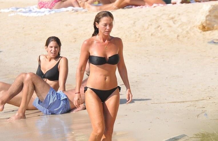 ece uslu bikini