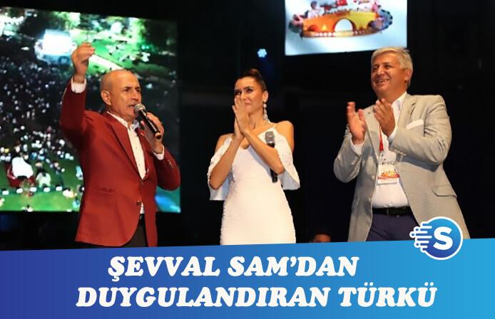 Şevval Sam'dan duygulandıran türkü