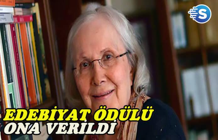11. Erdal Öz Edebiyat ödülü 'Adalet Ağaoğlu'na verildi