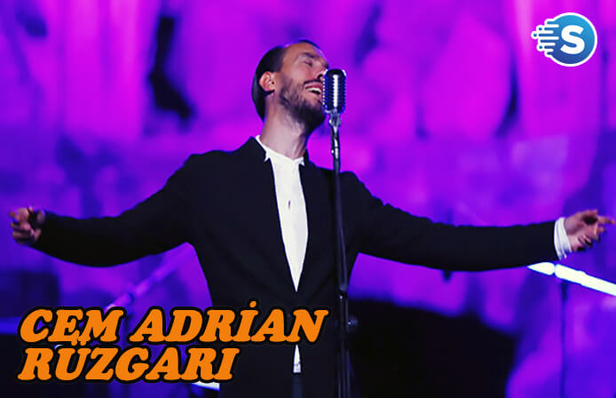 Cem Adrian, Side Festivali'nde sahne aldı